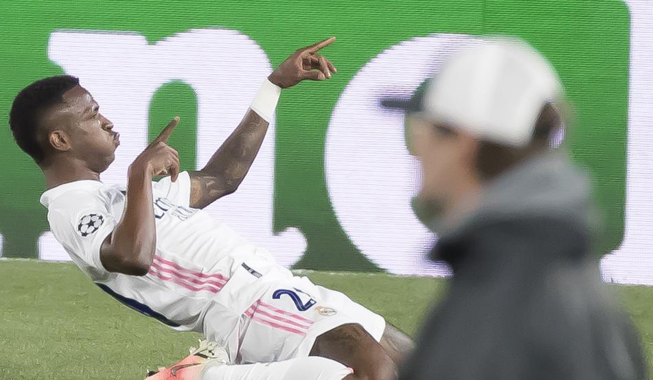 Vinicus mừng bàn mở tỷ số trận đấu ở phút 27. Ảnh: Mundo Deportivo