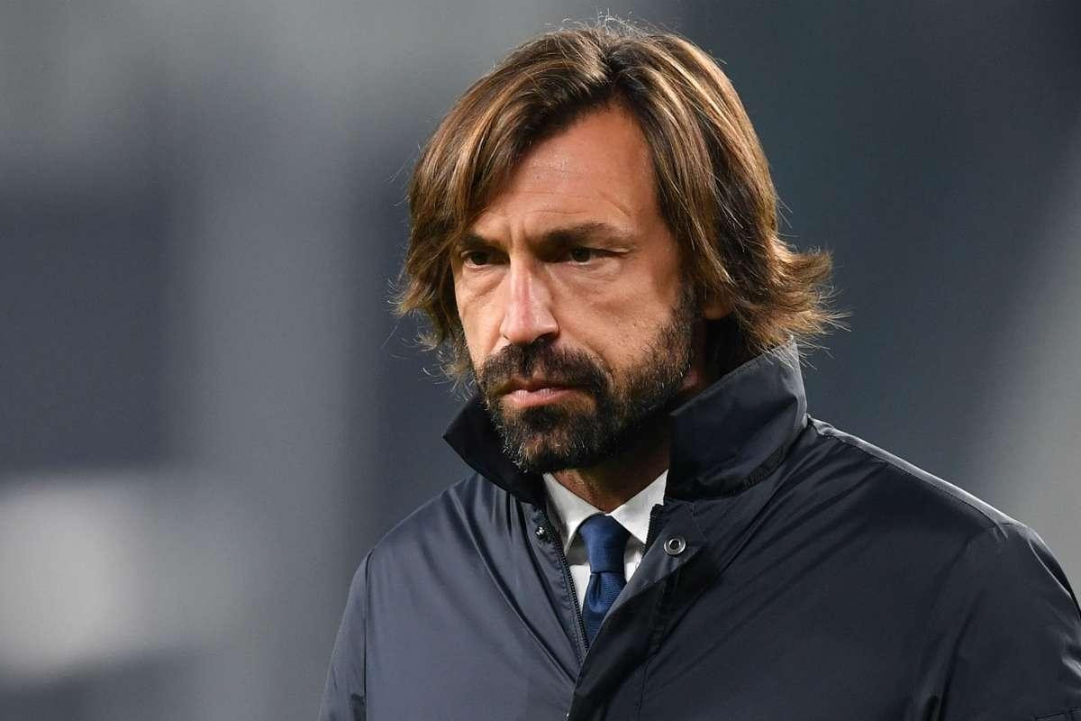 Pirlo dan Juventus berada di peringkat keempat di Serie A, dengan sedikit harapan untuk mempertahankan gelar juara.  Foto: Reuters.