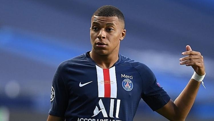 Mbappe chỉ còn hợp đồng một năm với PSG và không đạt thỏa thuận gia hạn suốt một năm qua. Ảnh: Goal.