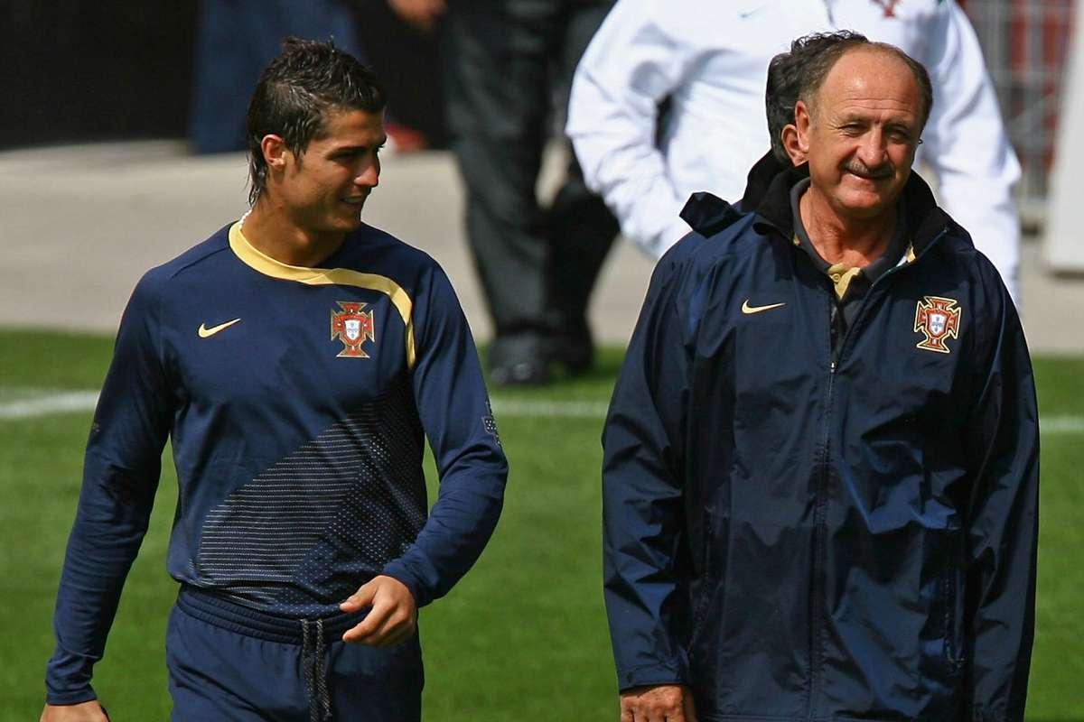 Pelatih Scolari lah yang membawa Ronaldo ke Portugal pada 2003. Mereka sama-sama menghadiri Euro 2004 dan Piala Dunia 2006. Foto: Mundo Deportivo.