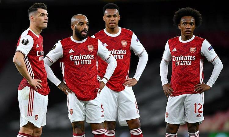 Keown: 'Arsenal cần bị ai đó đấm vào mặt' - VnExpress Thể thao