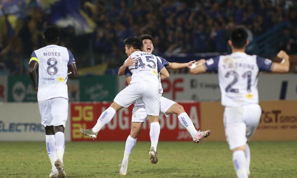 Hanoi memangkas tiga kemenangan beruntun dan bersiap dengan baik untuk pertandingan melawan HAGL.  Foto: Lam Thoa.