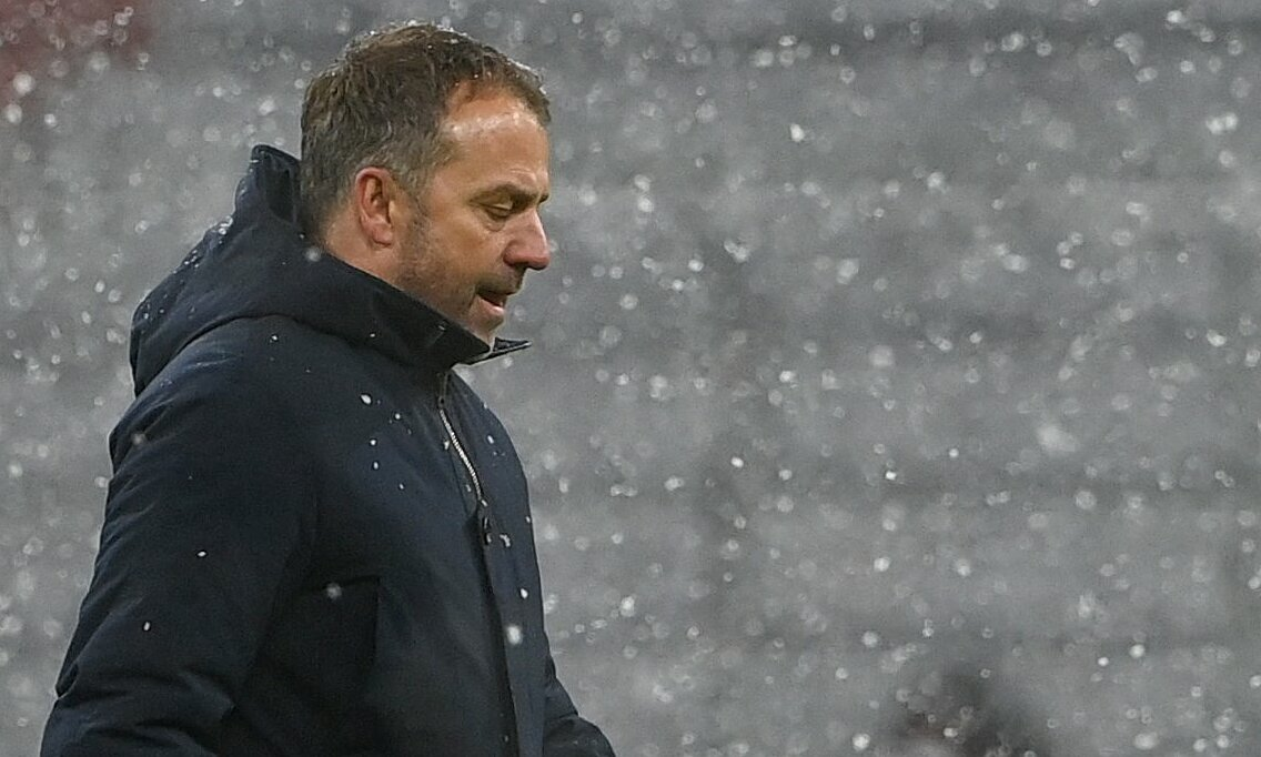 Thua PSG 2-3 trên sân nhà Allianz ở lượt đi vòng 1/8 không chỉ khiến Hansi Flick đứt mạch bất bại 17 trận ở Champions League (15 thắng, 1 hòa), mà còn đẩy Bayern vào rủi ro bị loại. Ảnh: FC Bayern