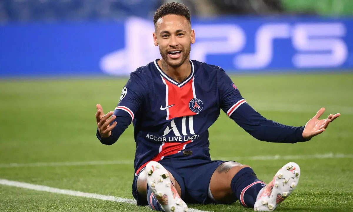 Neymar di perempat final Liga Champions di leg kedua melawan Bayern.  Foto: AFP.