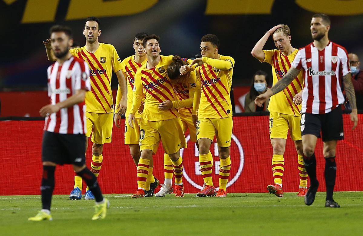 Berawal dari gol pembuka Griezmann, Barca bangkit untuk menang.  Foto: Reuters.