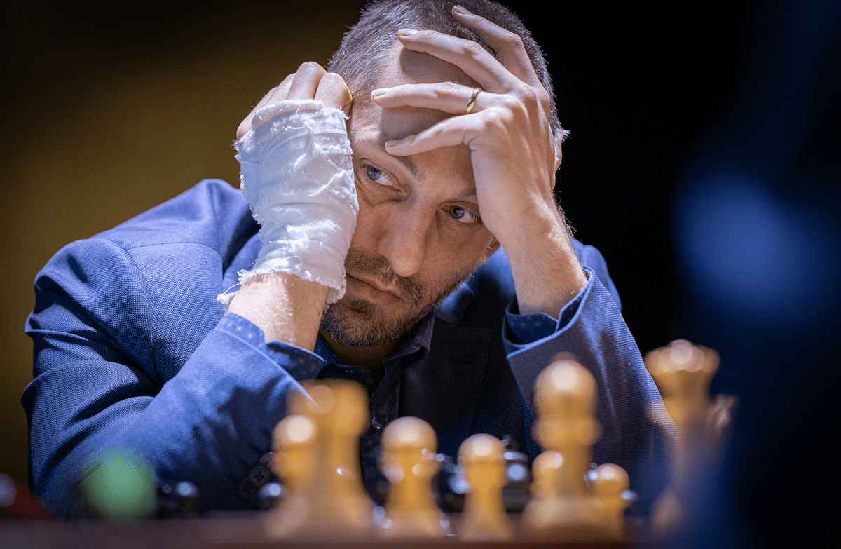 Grischuk was the opposite of Nepomniachtchi, where he usually walked slowly in the early stages, and went fast later.  It's hard to say Grischuk doesn't manage his time well, as he may have his own reasons.  Photo: FIDE