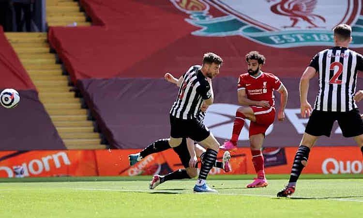 Salah mencetak gol ke-20 di Liga Inggris musim ini.  Foto: Reuters.