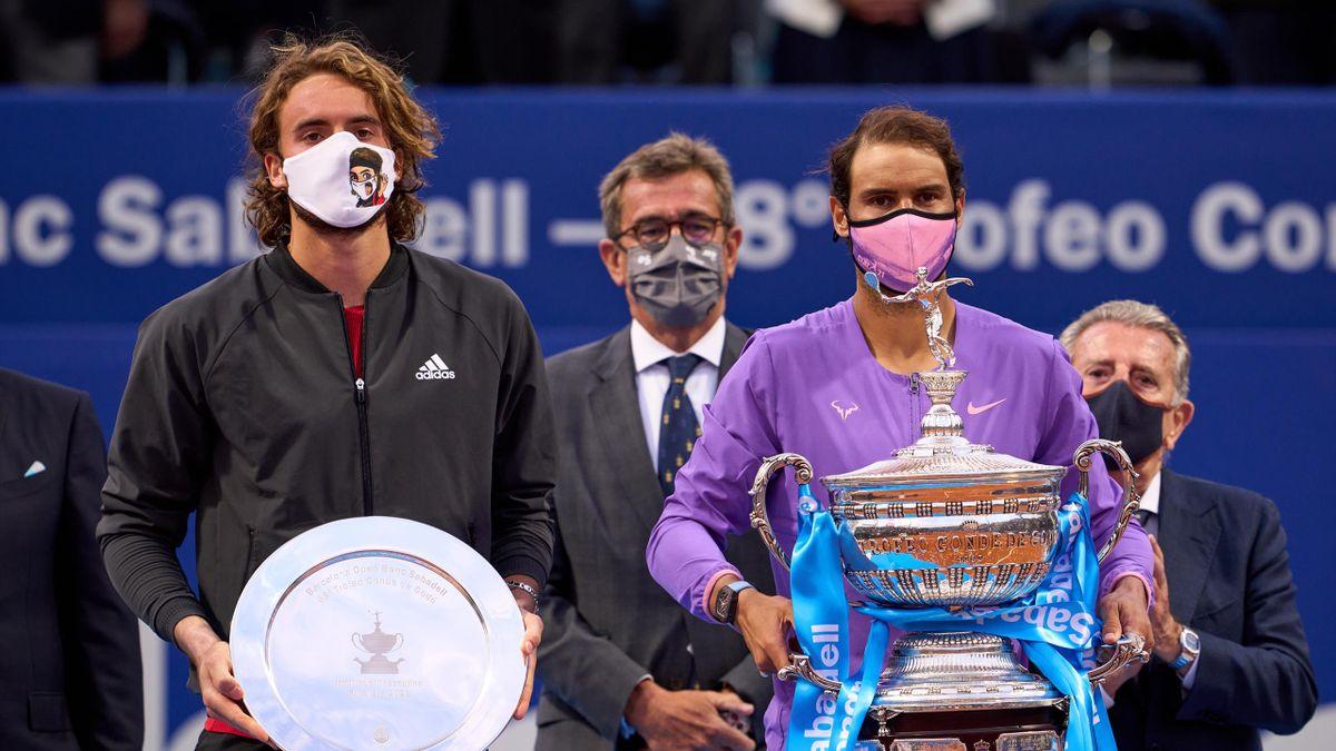Tsitsipas mematahkan rekor sembilan kemenangan beruntun dari awal musim tanah liat, melawan Nadal di final Barcelona Terbuka.  Foto: ATP.