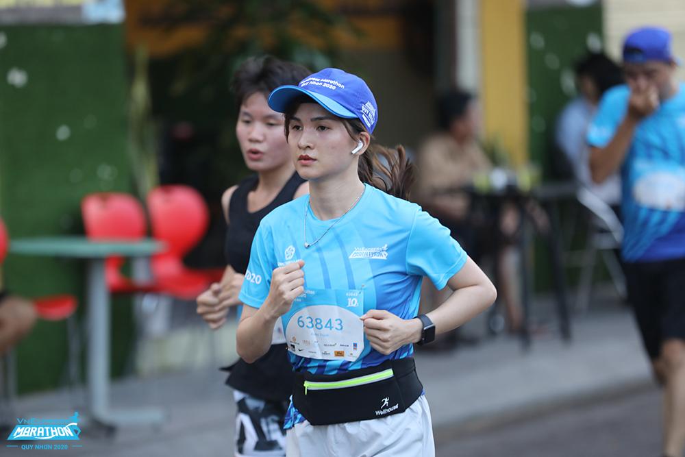 One runner