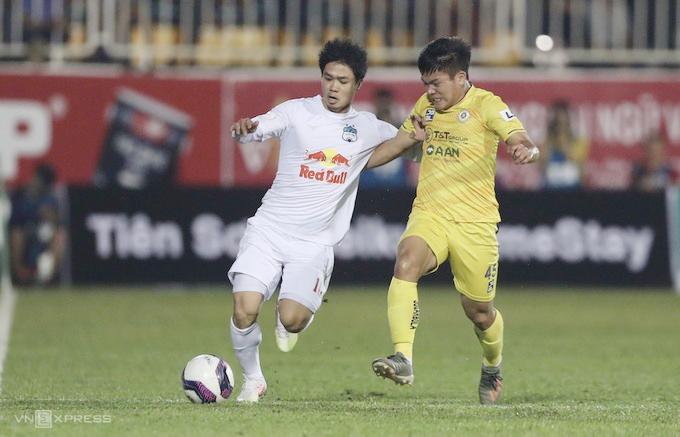 HAGL menang 1-0, mengalahkan Hanoi untuk pertama kalinya dalam empat tahun.  Foto: Duc Dong