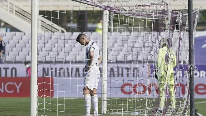 Ronaldo tidak lagi memiliki kepercayaan diri setelah rentetan kekalahan.  Foto: Marca.
