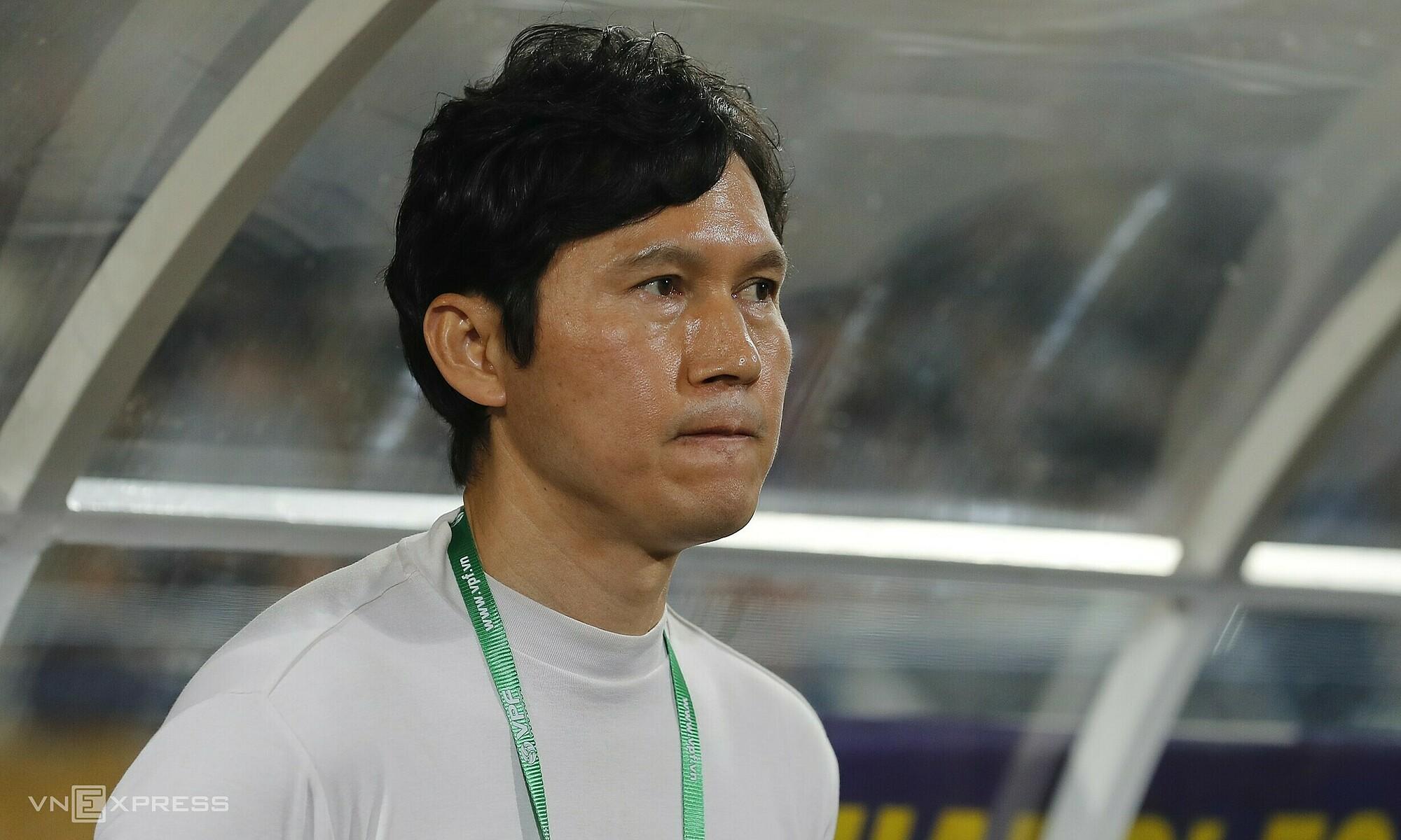 Coach Park bekerja di klub Korea dan Cina sebelum pergi ke Vietnam untuk memimpin Hanoi FC.