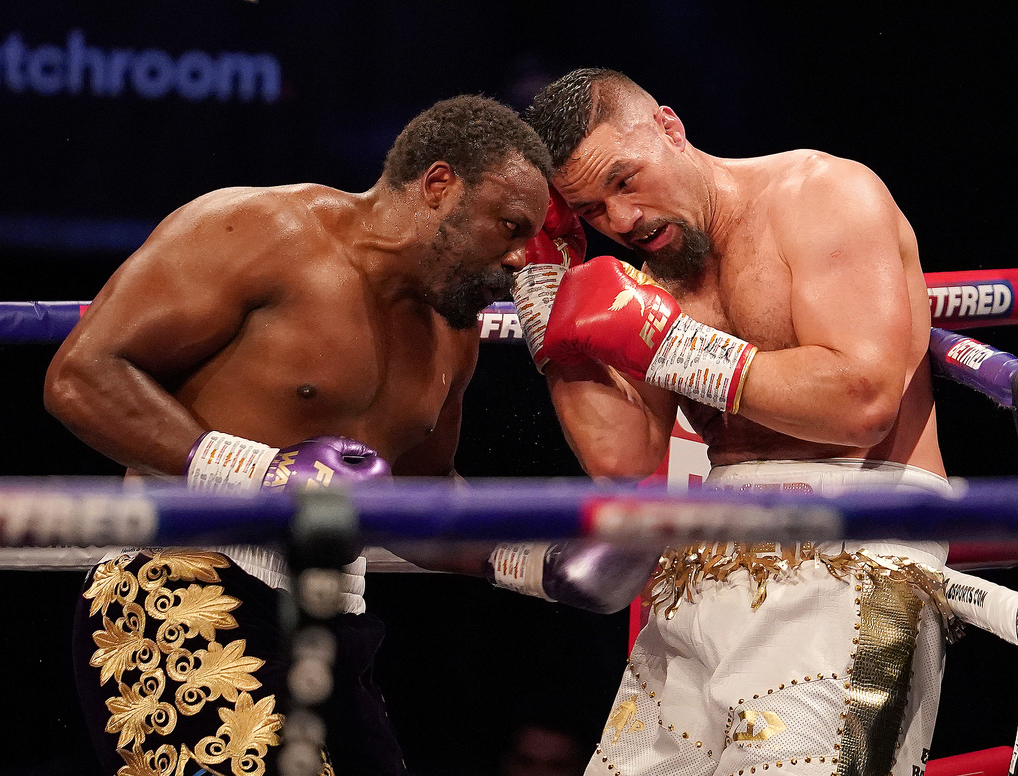 Victory over Chisora ​​can help Parker revive his career.  Photo: Matchroom Boxing