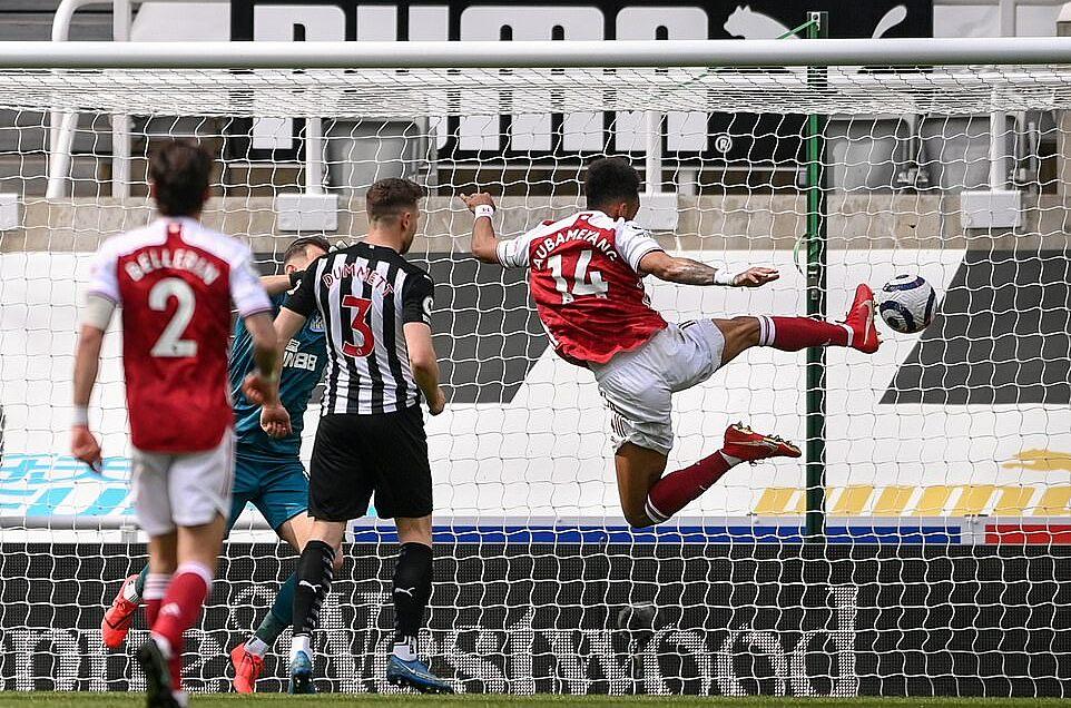 Aubameyang kembali mencetak gol dalam dua bulan