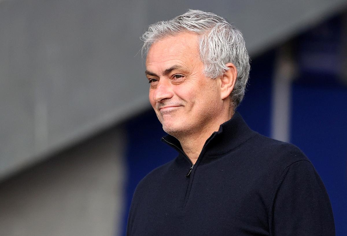 Việc Mourinho đến một đội bóng không phải hàng sao số ở Italy hiện nay là một bất ngờ. Ảnh: Reuters.