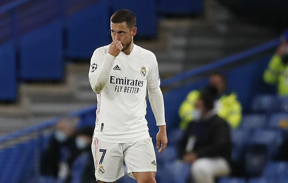 Hazard mờ nhạt trong ngày trở lại Stamford Bridge. Ảnh: AP.