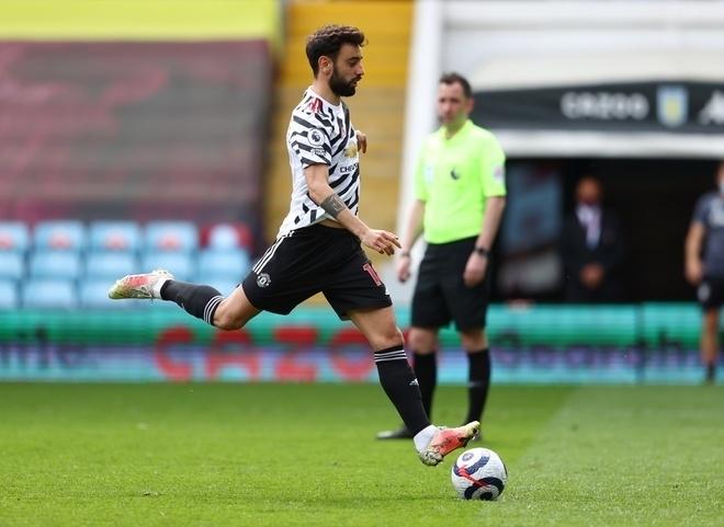 Bruno Fernandes gỡ hòa 1-1 cho Man Utd, khởi đầu cuộc ngược dòng. Ảnh: EPA.