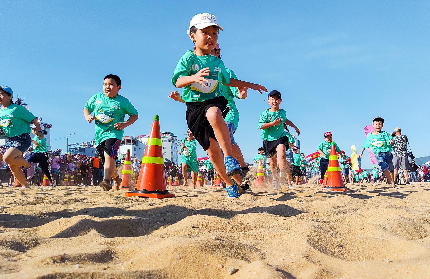 The children attended the Quy Nhon Kun Marathon last year.  Photo: VnExpress Marathon.
