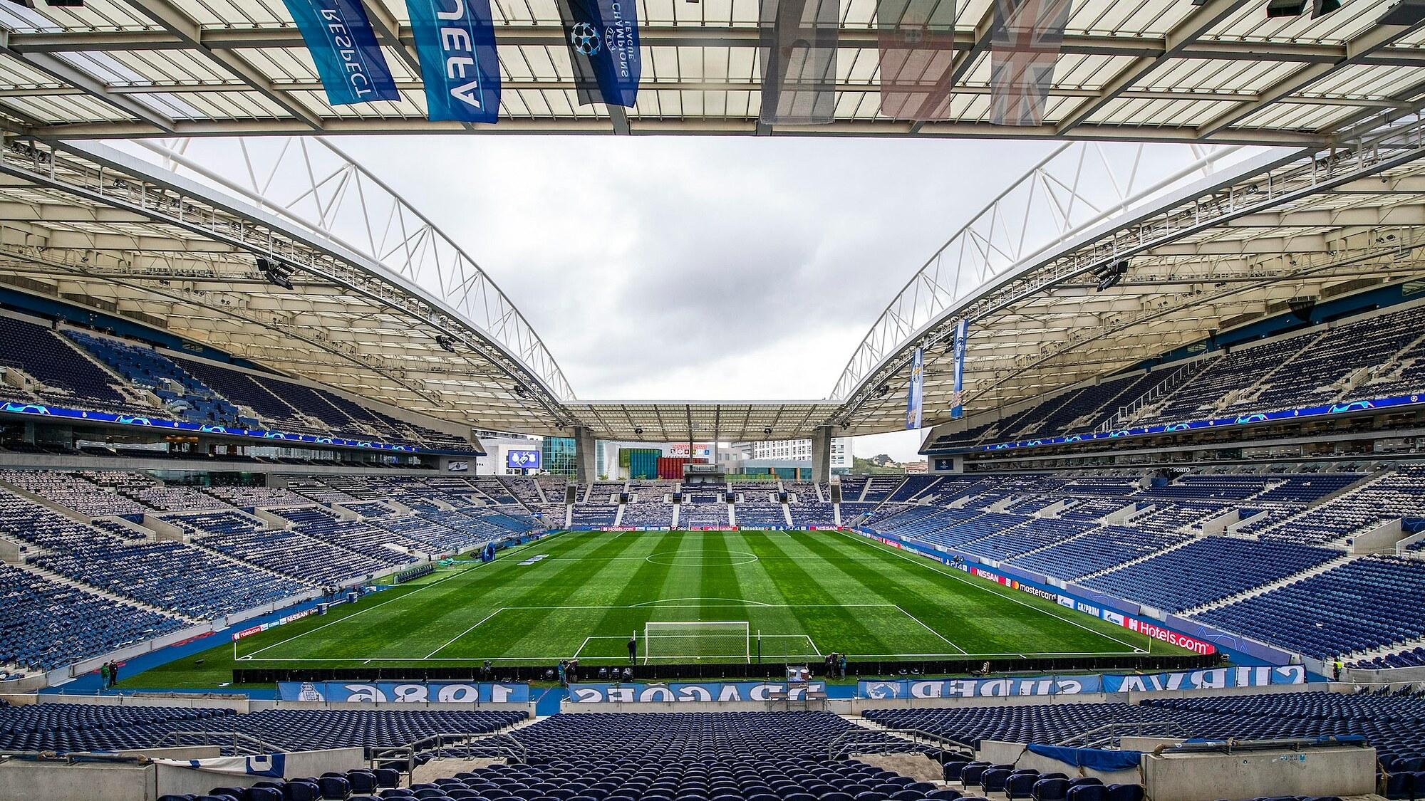 Sân Dragao là nơi đăng cai trận derby Anh quốc ở chung kết Champions League. Ảnh: UEFA