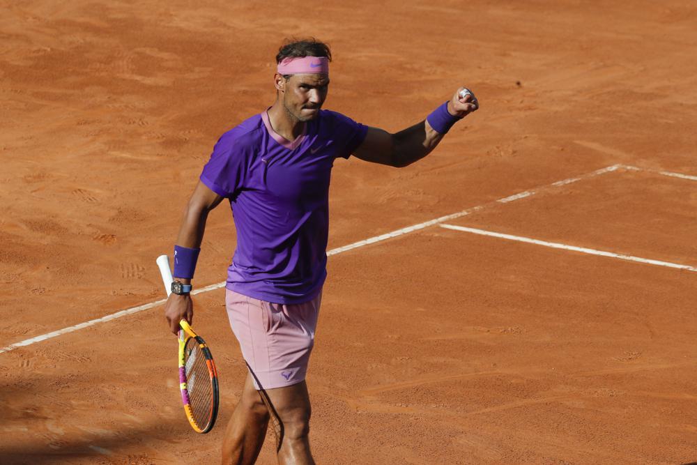 Nadal mất game giao bóng trước ở cả ba set nhưng vẫn thắng chung cuộc. Ảnh: AP.