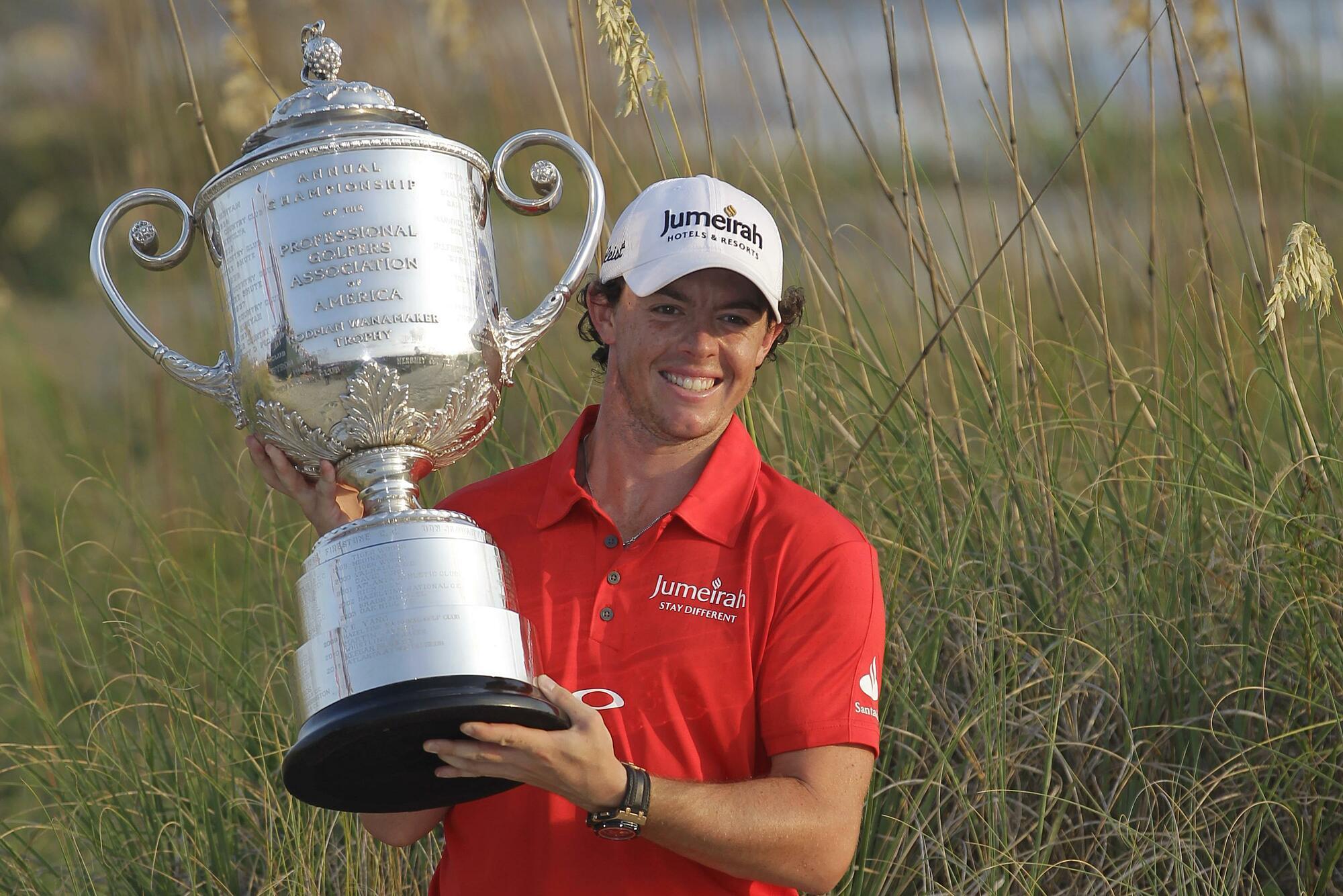 McIlroy lifts the PGA Championship trophy at Ocean Stadium 2012. Photo: AP