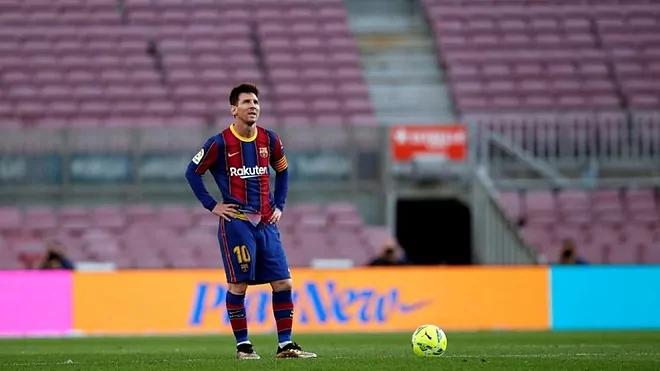 38 bàn của Messi mùa này không đủ để nâng bước Barca tại La Liga và Champions League. Ảnh: EFE.