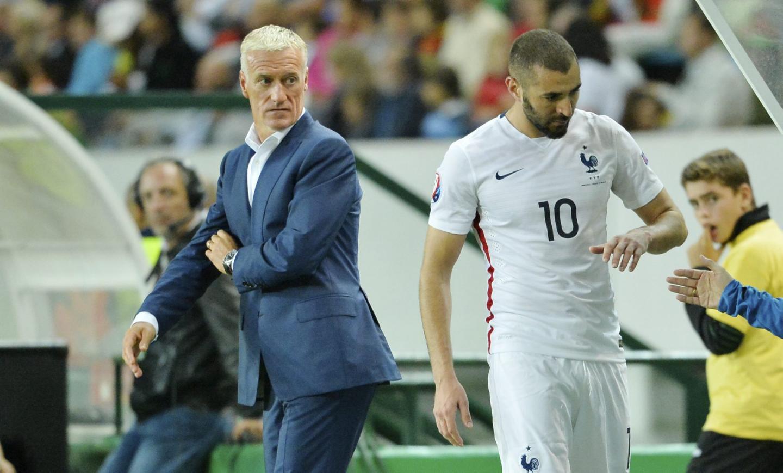 Benzema dilarang oleh Deschamps dan FFF saat Prancis berpartisipasi di Euro 2016 dan Piala Dunia 2018. Foto: AFP