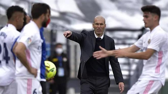 Trận tiếp Villarreal có thể là trận cuối cùng Zidane dẫn dắt Real. Ảnh: AP.