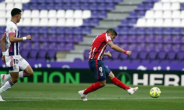 Gol Suarez membawa Atletico Madrid mahkota La Liga.  Foto: Marca