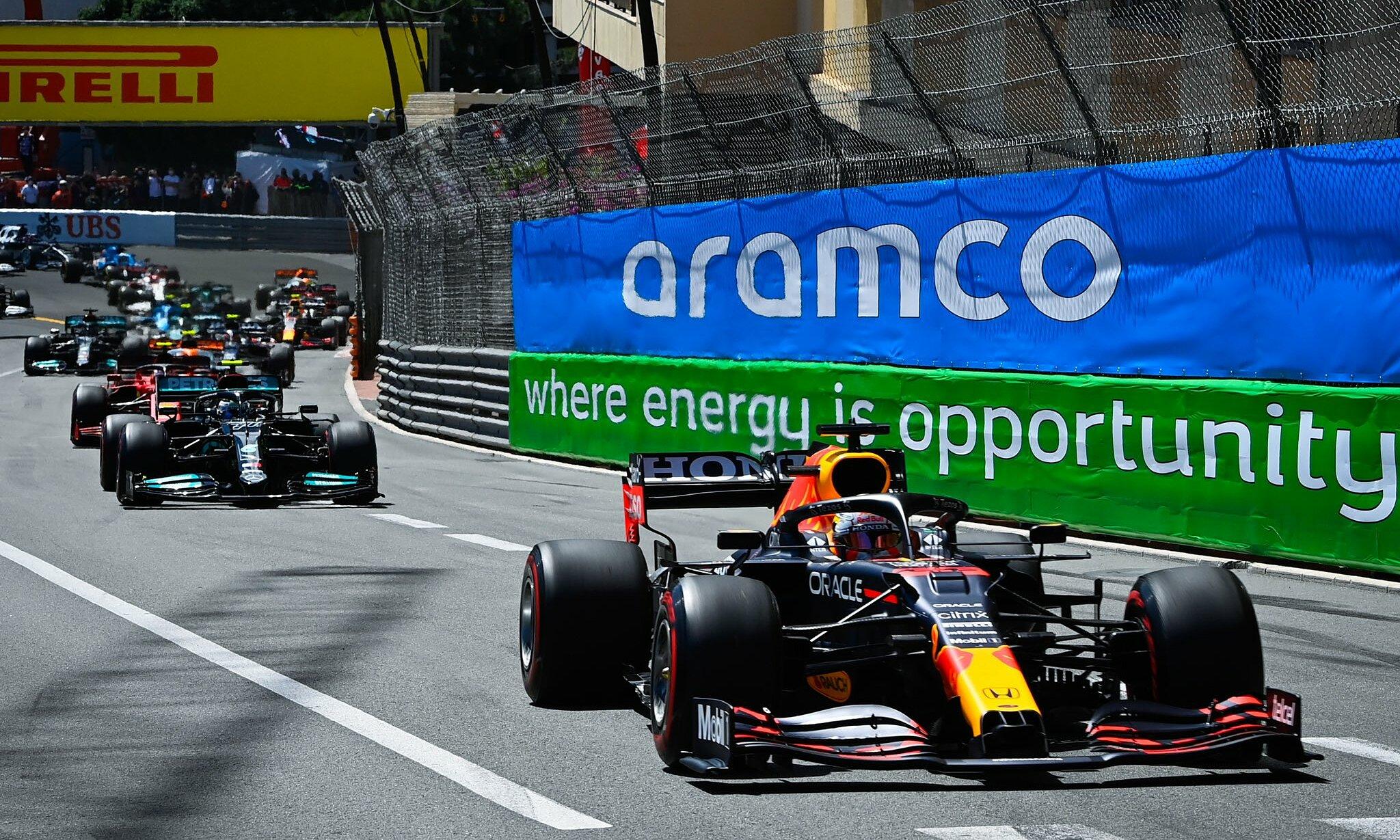 Verstappen thoải mái dẫn đầu cuộc đua từ đầu đến cuối. Ảnh: Honda F1