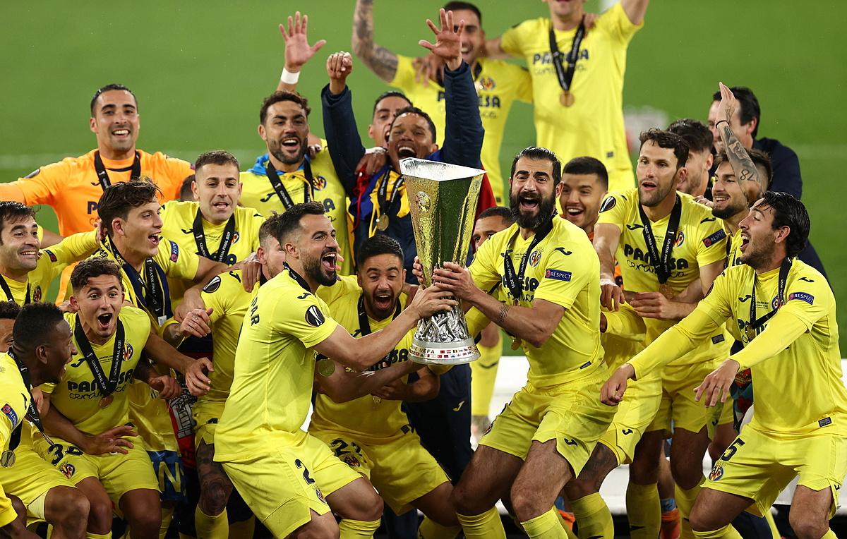 Pemain Villarreal merayakan kemenangan Liga Europa.  Foto: Reuters.