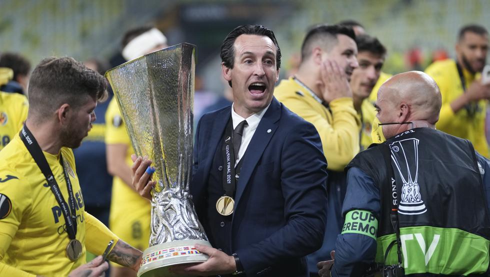 Emery memenangkan Liga Europa keempatnya, setelah tiga gelar bersama Sevilla.  Foto: AP.