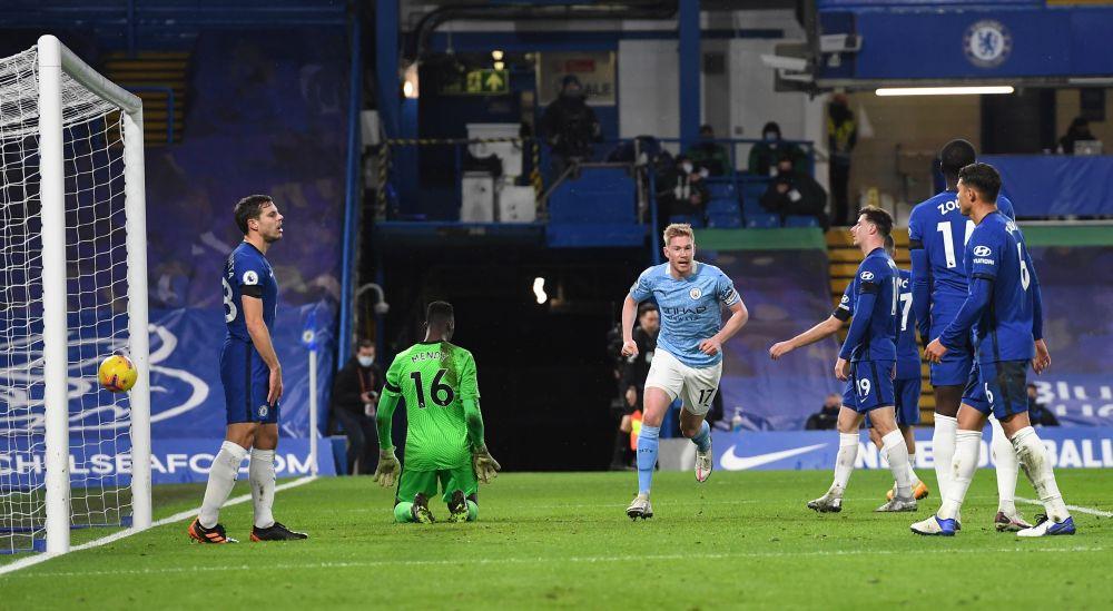 เดอบรอยน์มีความสุขเมื่อเขาเพิ่มคะแนนเป็น 3-0 ในนัดที่แมนซิตี้เอาชนะเชลซี 3-1 ในพรีเมียร์ลีกเมื่อวันที่ 3 มกราคม 2021  ภาพ: Reuters