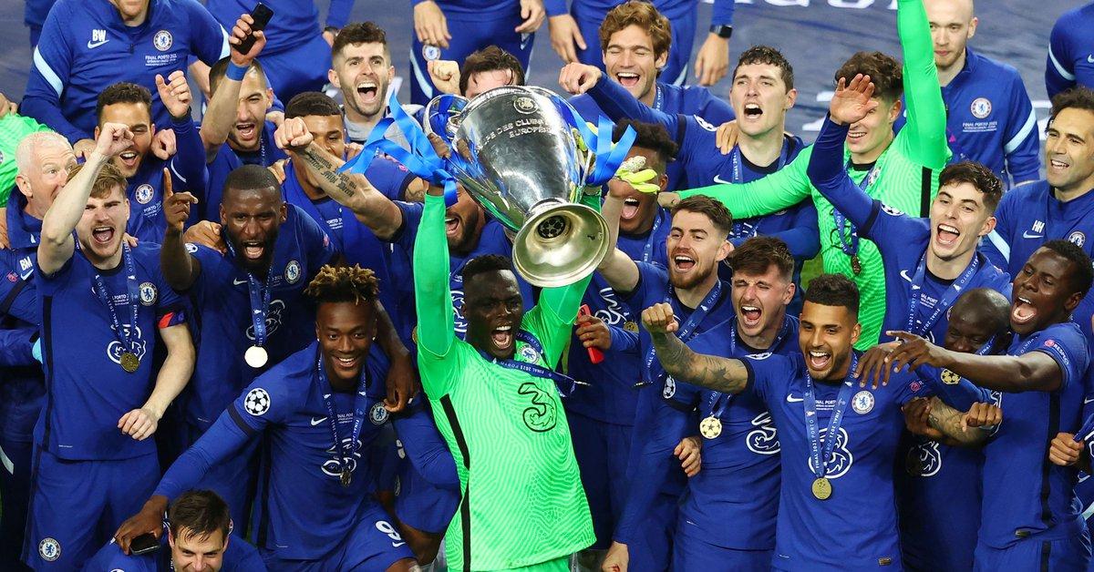 Vô địch Champions League là đỉnh cao mà Mendy, cách đây bảy năm, có nằm mơ cũng không nghĩ đến. Ảnh: Reuters