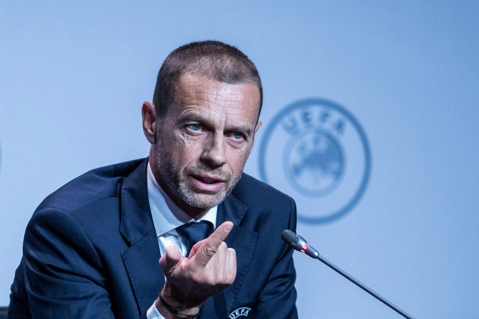 Ceferin siap menghukum klub yang mendirikan liga sendiri.  Foto: Reuters.