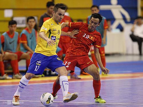 ในปี 2013 เวียดนามชนะบราซิล - ทีมยังมีผู้เล่นหลายคนที่ชนะการแข่งขันฟุตซอลฟุตบอลโลกปี 2012 ภาพ: Duc Dong