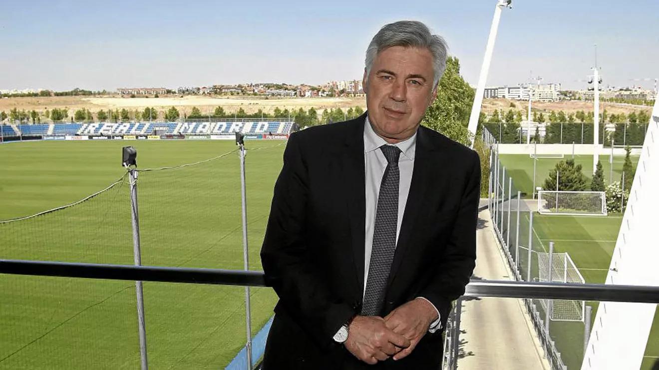 Ancelotti có mặt tại Valdebebas hôm 1/6 để hoàn tất các thoả thuận hợp đồng dẫn dắt Real Madrid. Ảnh: Real Madrid