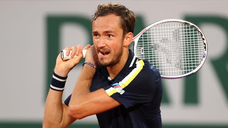 Medvedev có trận thắng thứ hai sau năm lần dự Roland Garros. Ảnh: ATP