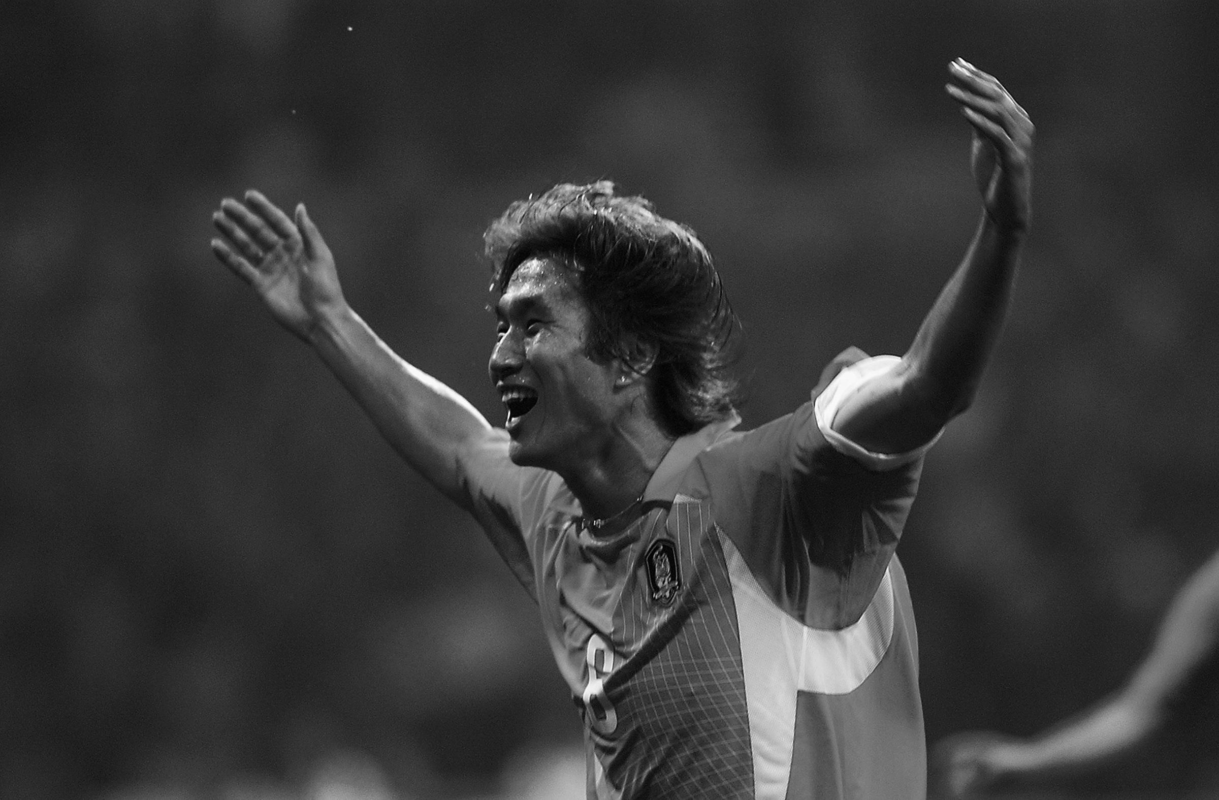 Yoo Sang-chul adalah salah satu pemain terbaik Korea di Piala Dunia 2002. Foto: FIFA