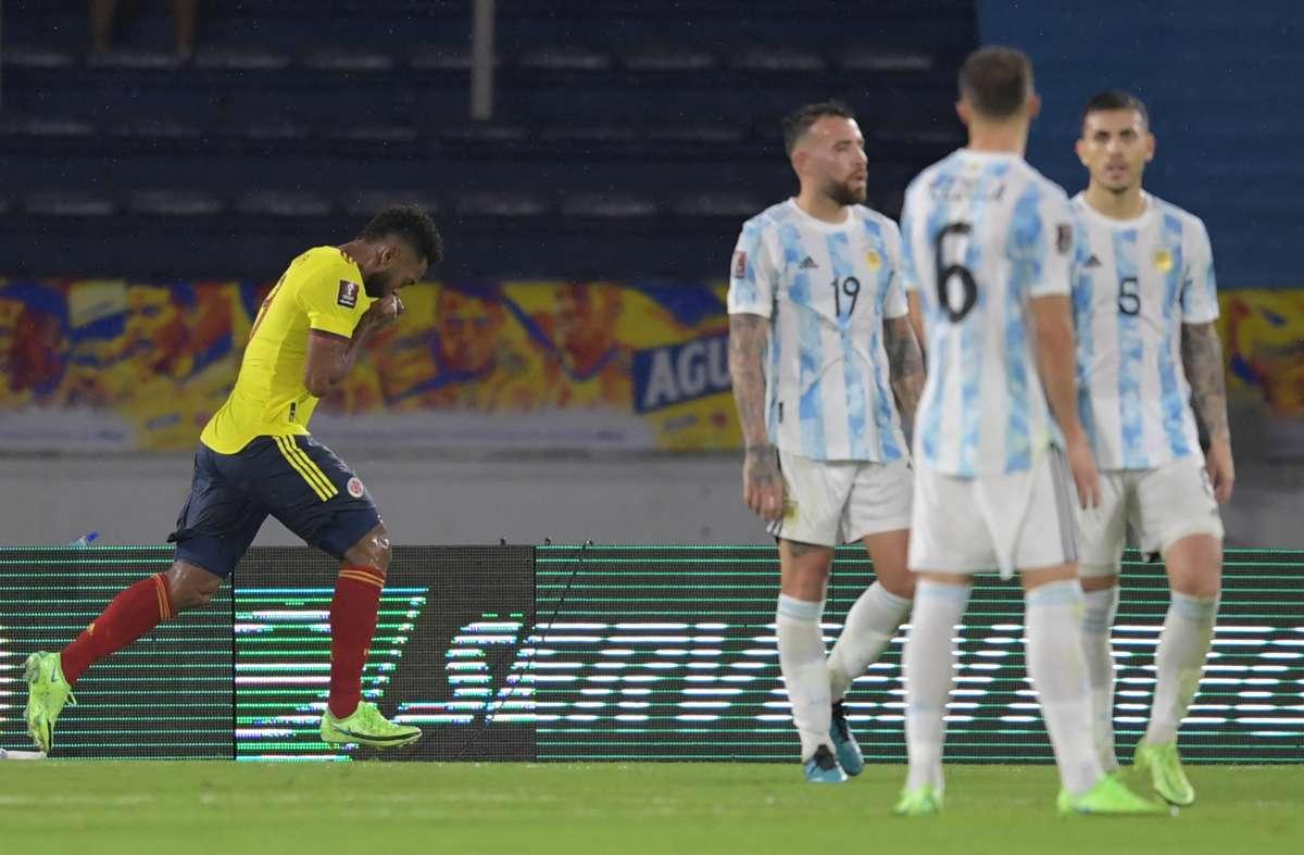 Argentina tuột ba điểm trong tầm tay. Ảnh: EFE.