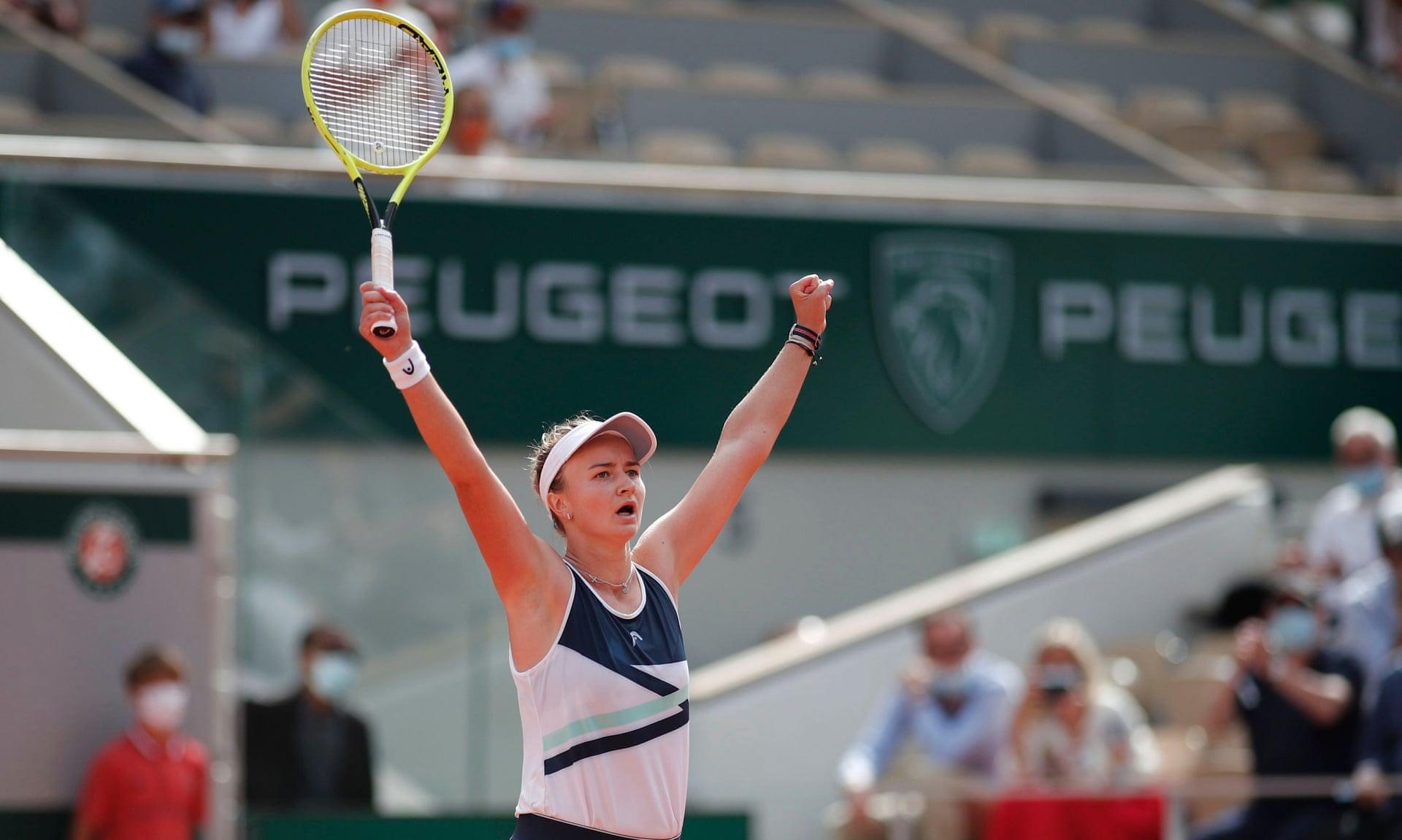 Krejcikova có tới 34 winner ở trận chung kết. Ảnh: Reuters