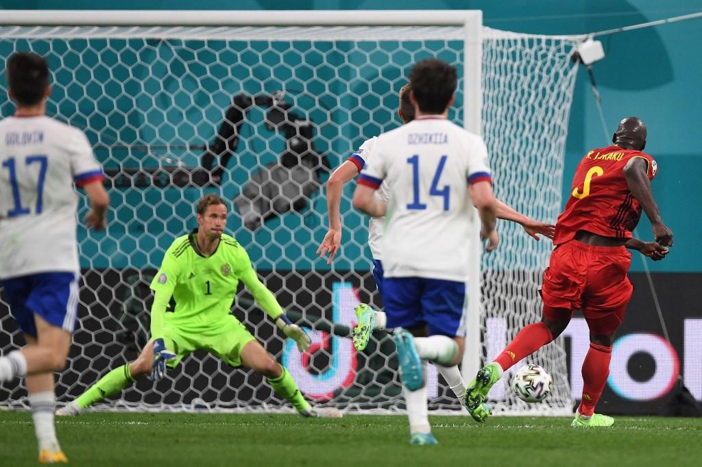 Lukaku và các đồng đội mạnh vượt trội so với Nga. Ảnh: AFP.