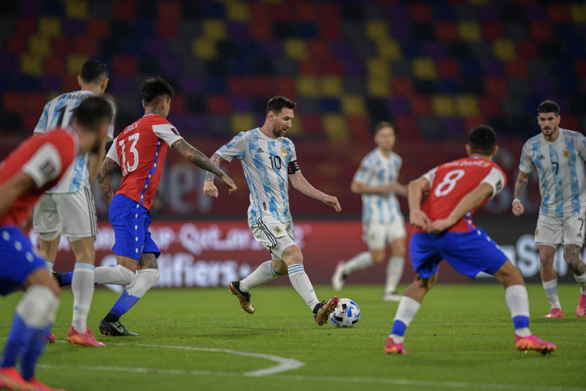 Messi sekali lagi diharapkan membantu Argentina mencapai puncak kejayaan, setelah banyak janji yang gagal di Copa America.  Foto: AFA
