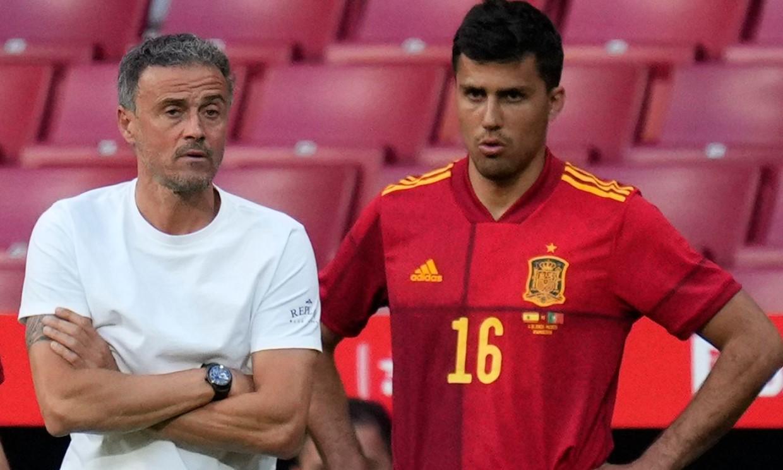 สเปนสามารถเอาชนะความยากลำบากในการเตรียมการแข่งขันเพื่อฟื้นตำแหน่งยักษ์ใหญ่แห่งฟุตบอลยุโรปได้หรือไม่?  ภาพ: เอเอฟพี