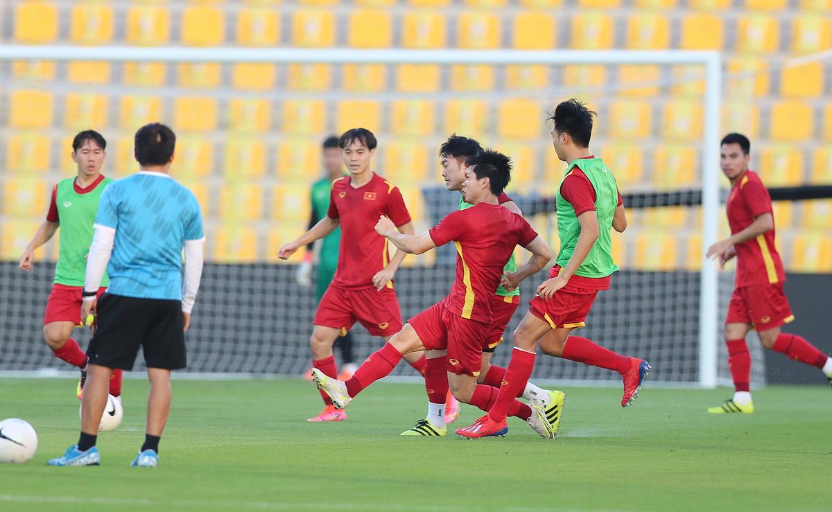 Việt Nam, trong trường hợp thua UAE, vẫn sáng cửa đi tiếp với tư cách một trong năm đội nhì bảng tốt nhất. Ảnh: Lâm Thỏa