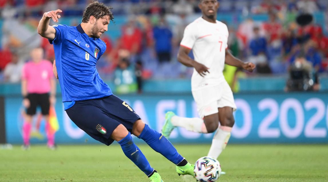 Những cú sút xa của Locatelli có thể là một ngón đòn mới của Italy trên hành trình dự Euro 2021. Ảnh: La Presse