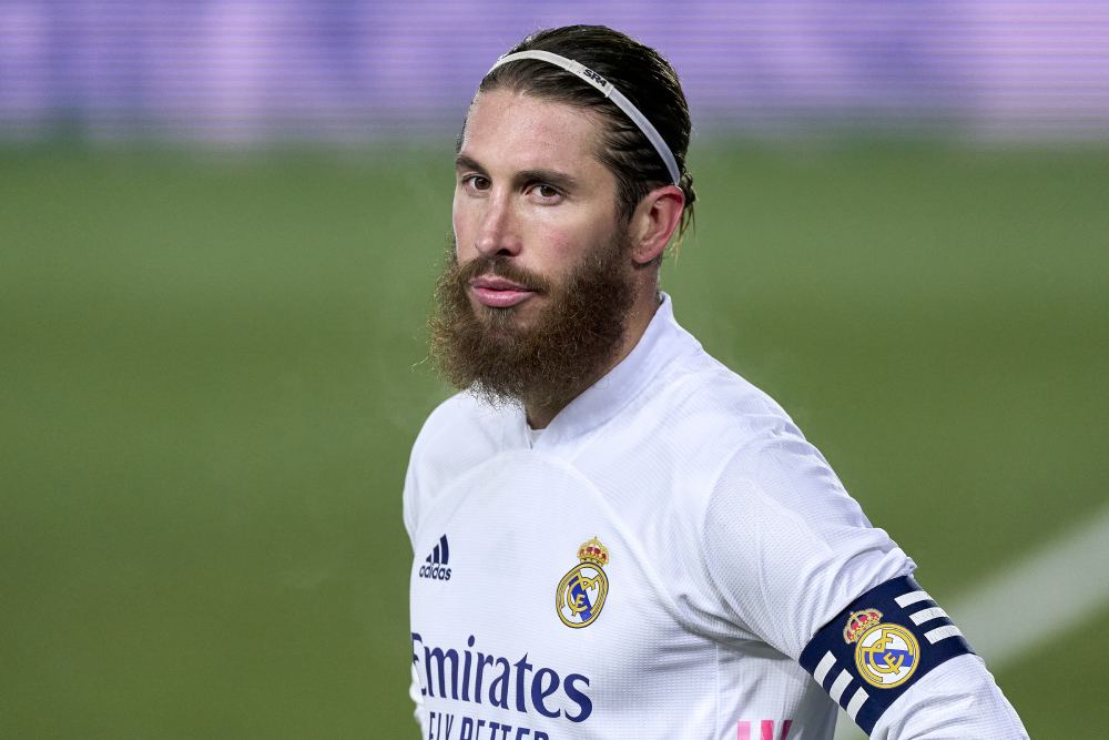 Ramos không thể kết thúc sự nghiệp tại Real. Ảnh: Reuters.