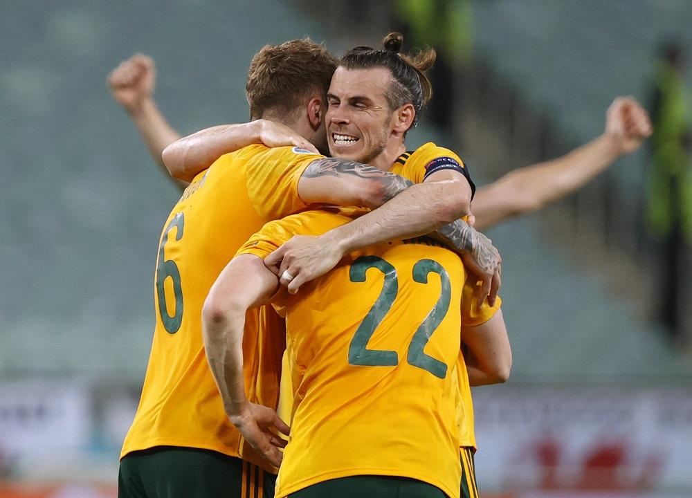 Bale là chỗ dựa vững chắc cho Wales. Ảnh: Reuters.