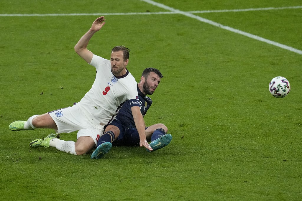 Kane tidak bisa melakukan terobosan dan harus meninggalkan lapangan untuk memberi jalan bagi Marcus Rashford.  Foto: AFP.