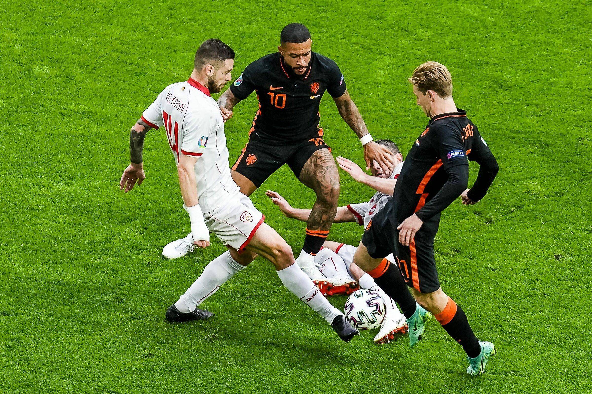 Bắc Macedonia khiến Hà Lan chịu nhiều áp lực trong nửa đầu hiệp một. Ảnh: